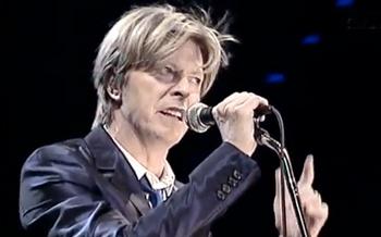 Bowie_berlin2002_180916.jpg